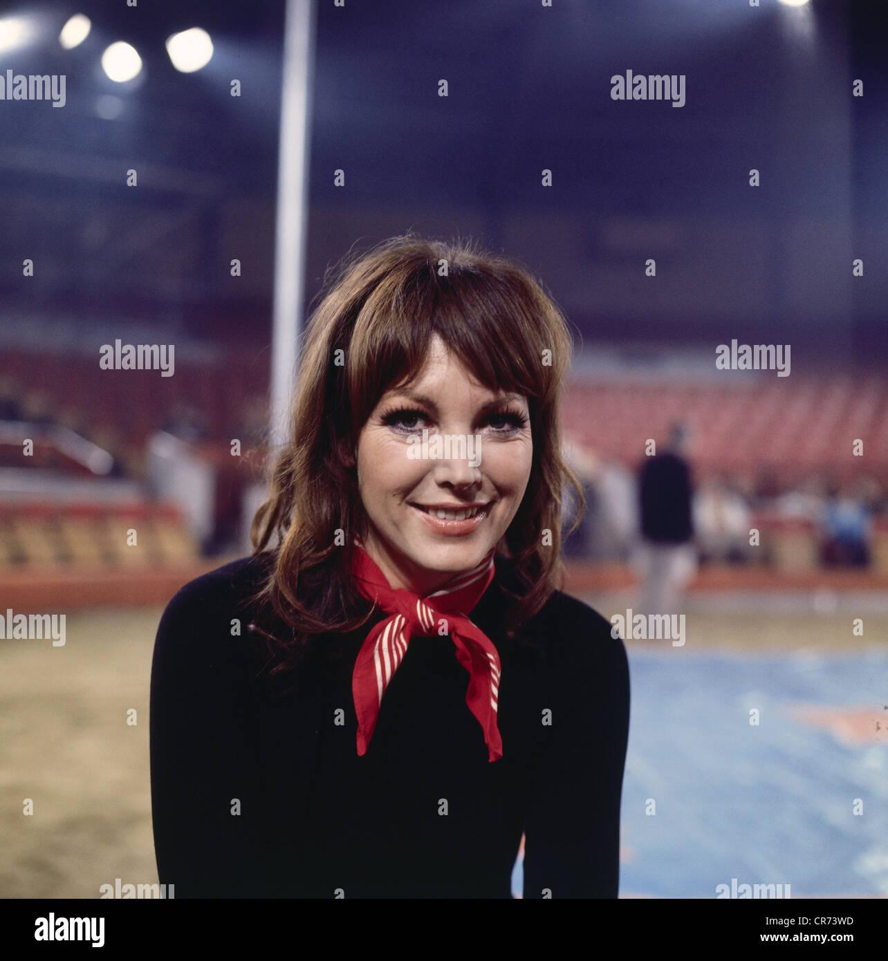 Schuermann, Petra, 15.9.1935 - 13.1.2010, German actress, TV presenter, portrait, 2.1.1972, Additional-Rights-Clearances - Stock Image