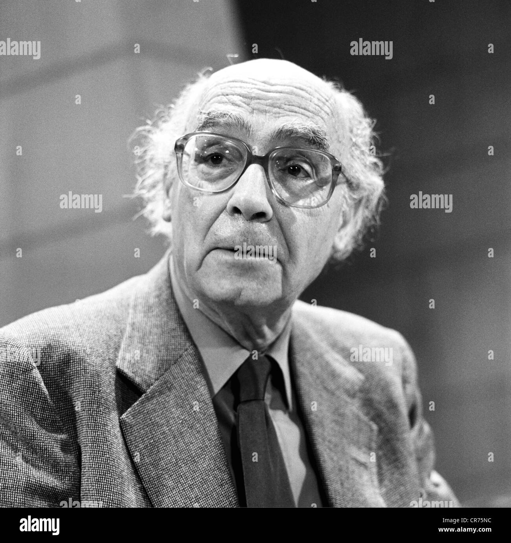 Saramago, José, 16.11.1922 - 18.6.2010, Portugese author / writer, portrait, 27.10.1999, Additional-Rights - Stock Image