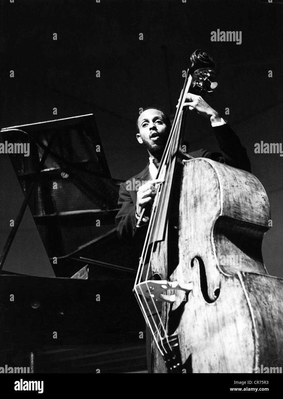Modern Jazz Quartett, the, American jazz band, member: Percy Hearth, playing double bass, 1955, Additional-Rights - Stock Image