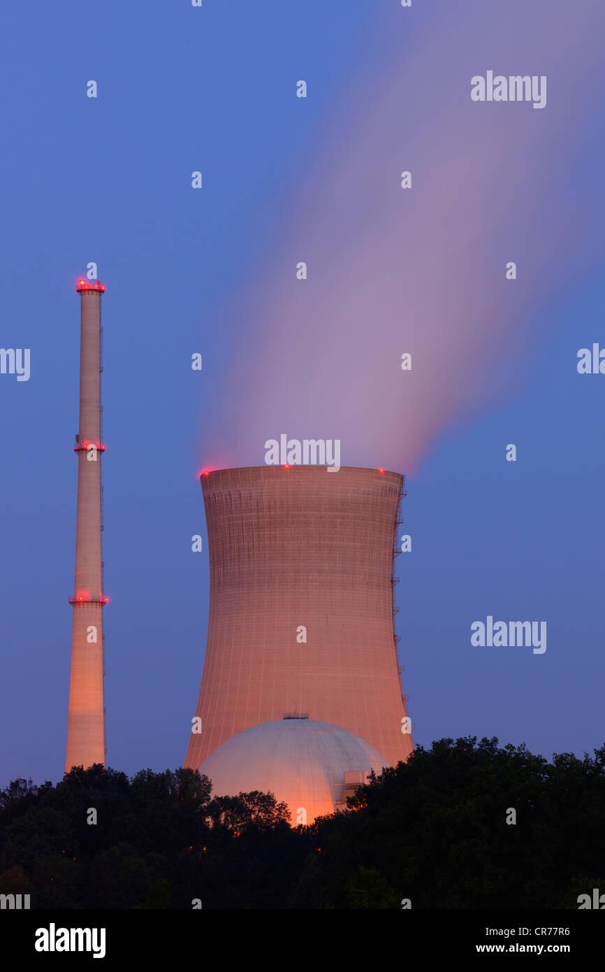 E.ON Grafenrheinfeld Nuclear Power Plant, cooling towers, near Schweinfurt, Bavaria, Germany, Europe - Stock Image