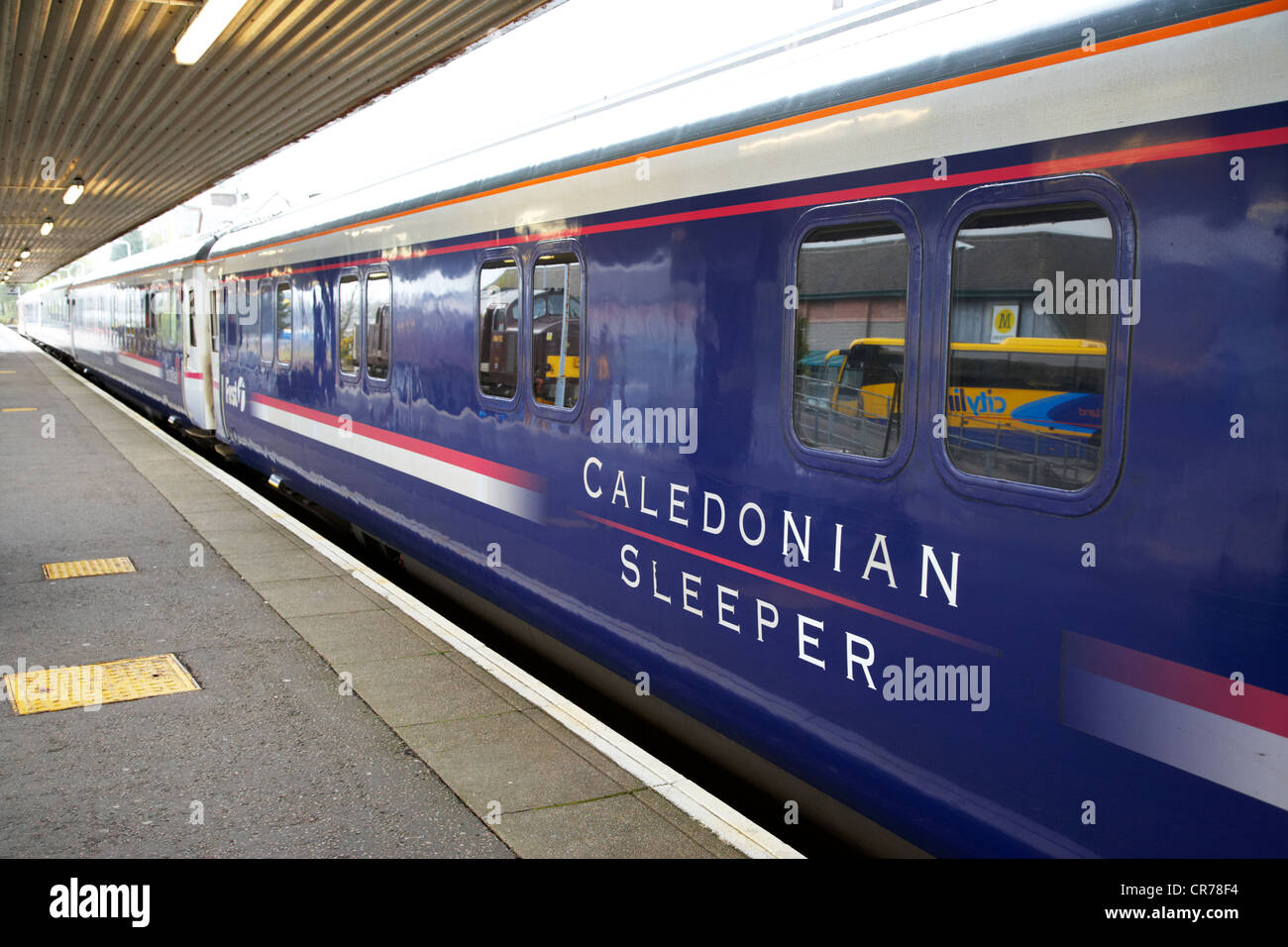 caledonian sleeper overnight sleeper train from fort william to london known as the deerstalker scotland uk - Stock Image