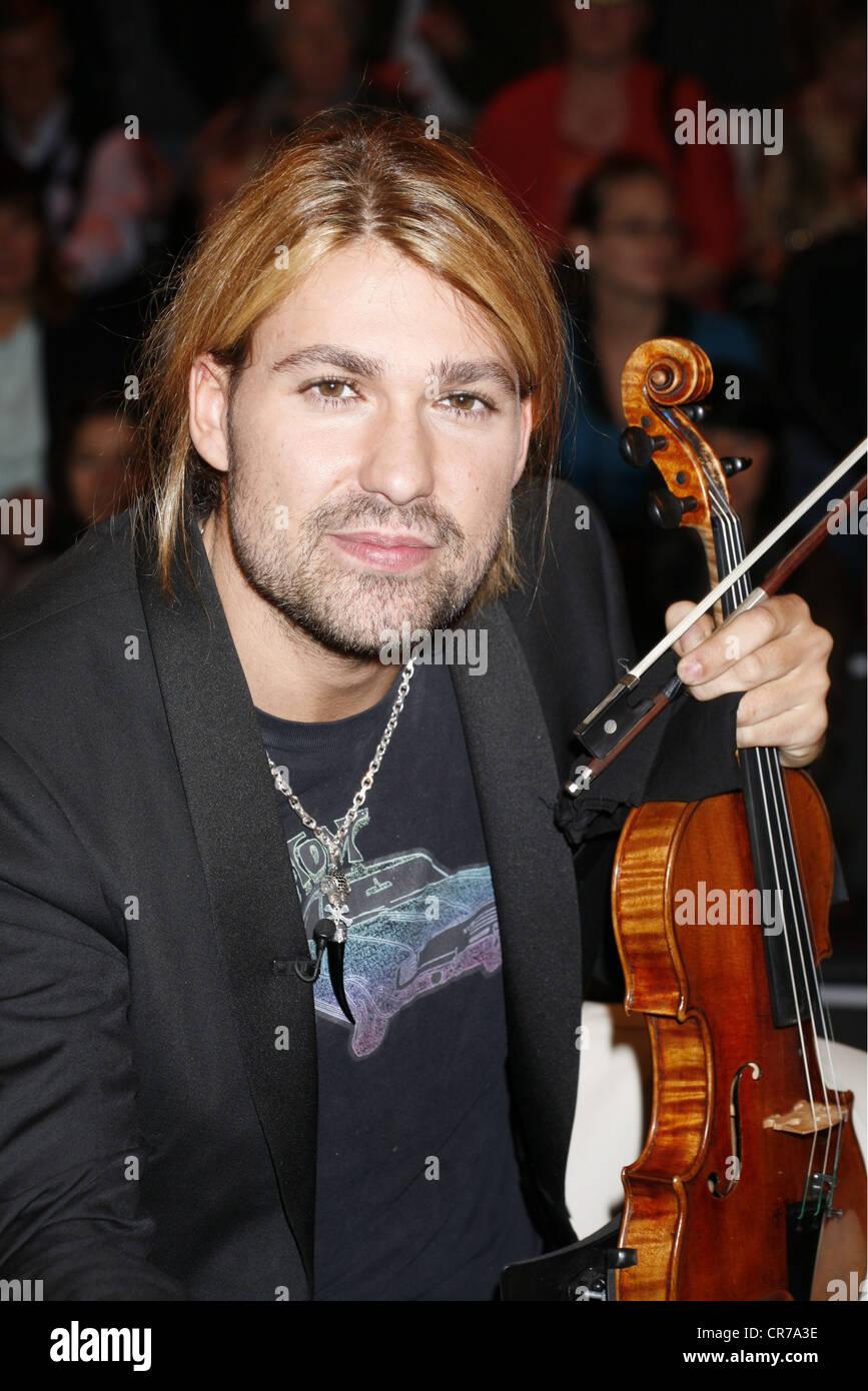 "Garrett, David, * 4.9.1980, German American musician (violinist), portrait, guest in the German TV talk show ""Markus Lanz"", Hamburg, 29.9.2010, Stock Photo"