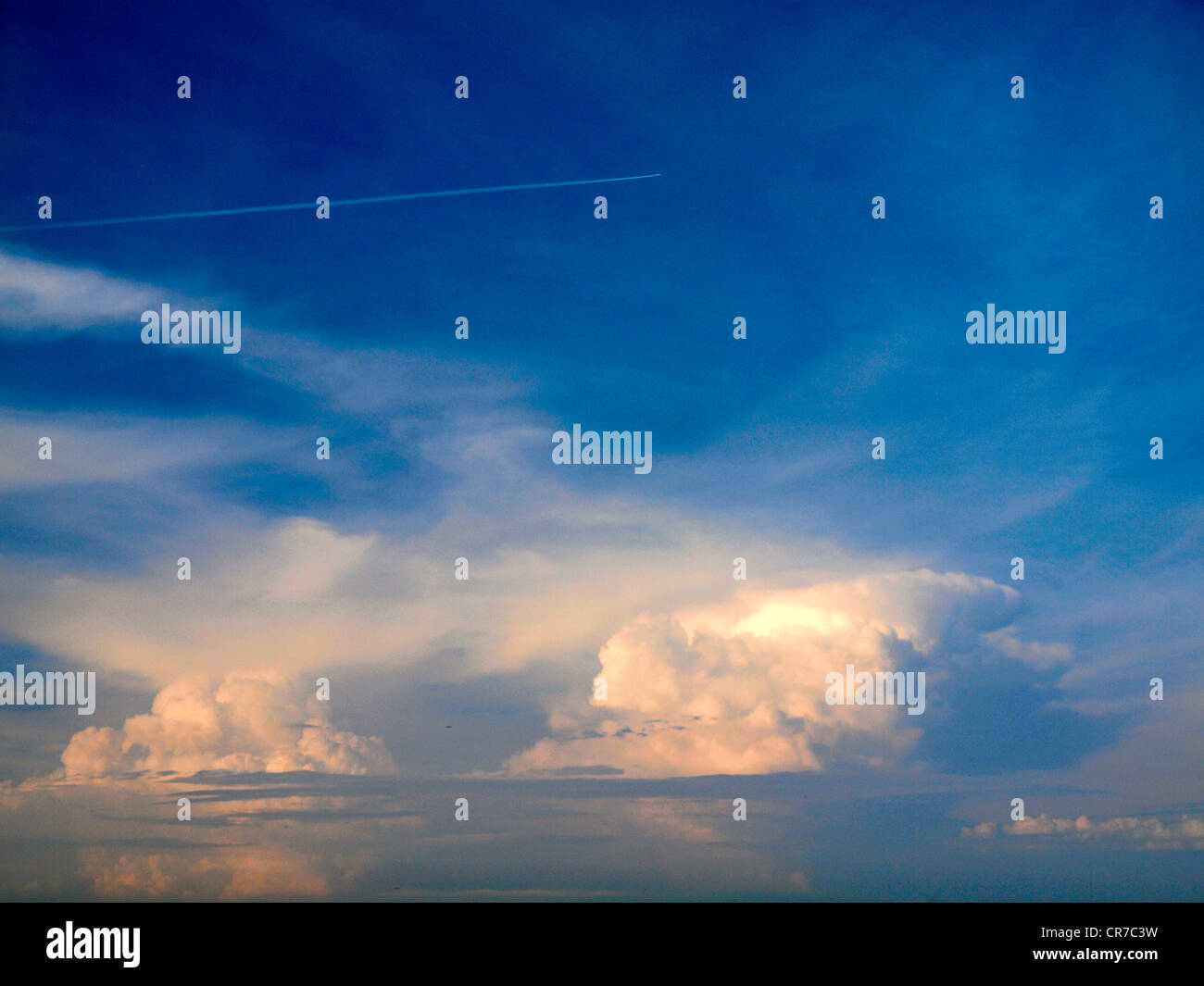 Digital shot of a large storm cloud near Voronezh. (Visible grain @ 100%) - Stock Image