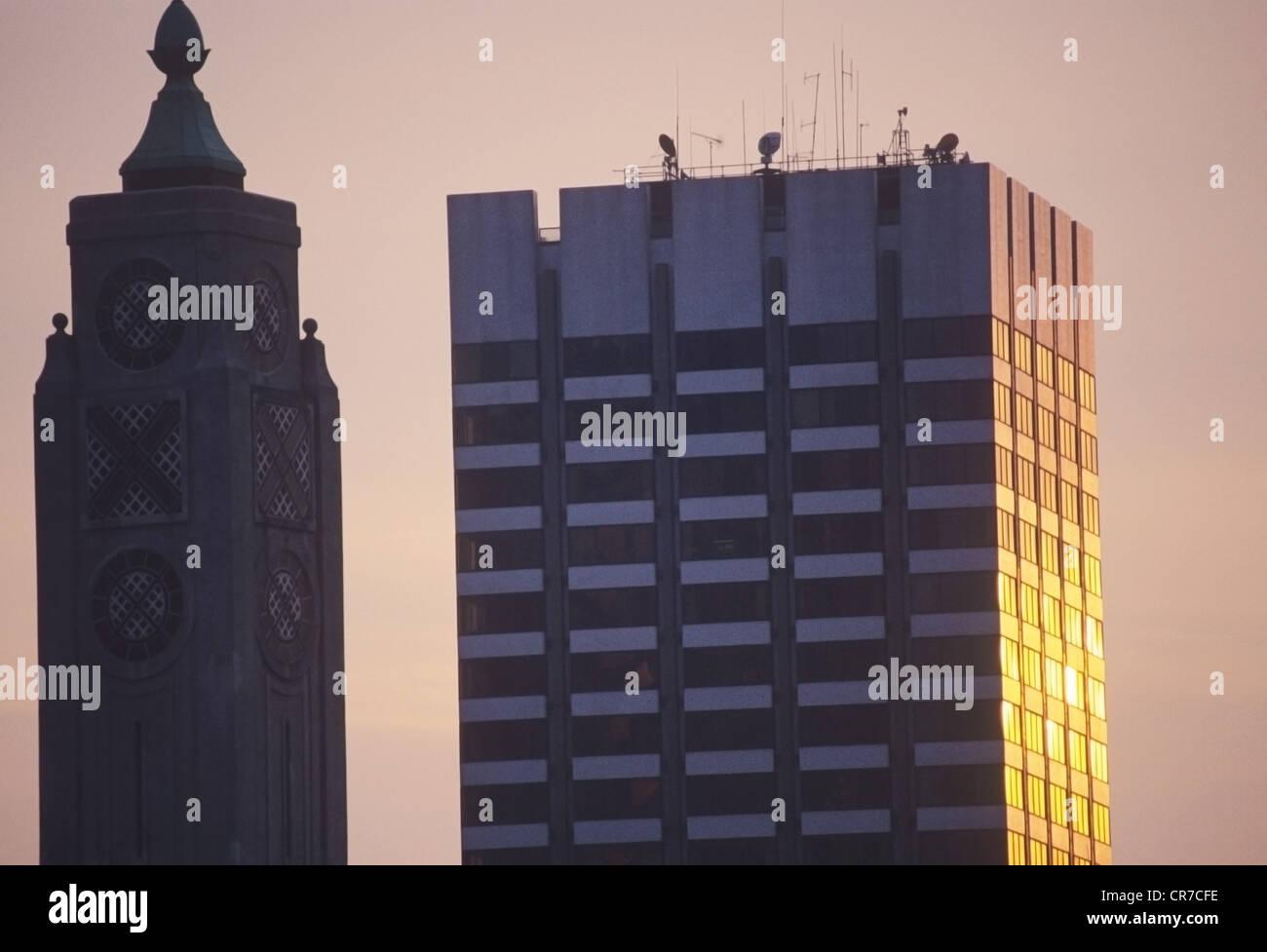 sky scrape twilight - Stock Image