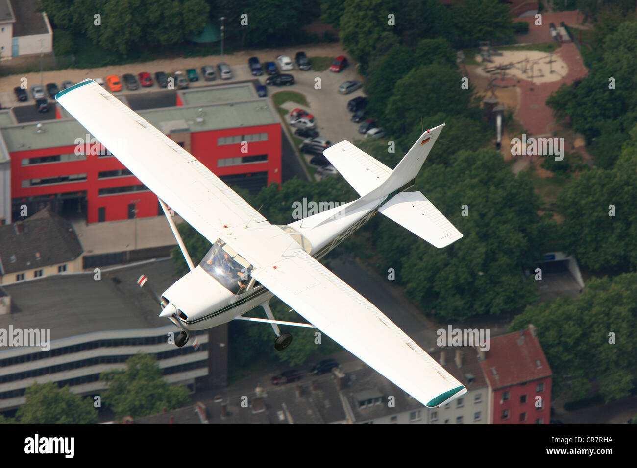 aerial-view-cessna-172-flying-photograph