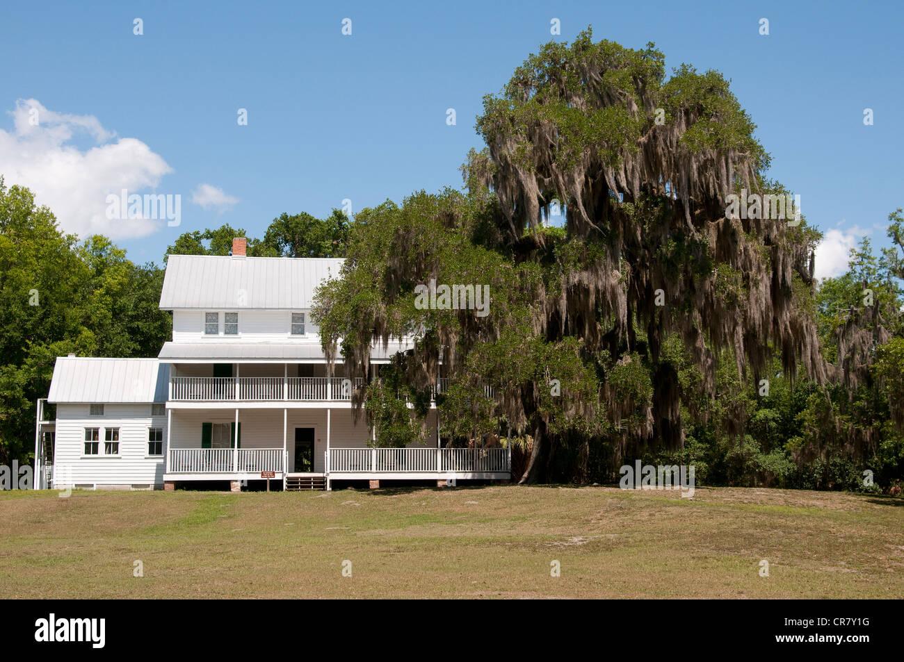 House Burns On Fernandina Beach Florida