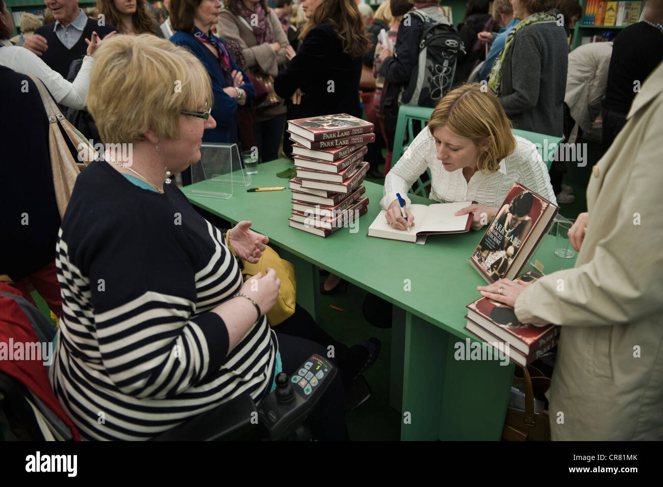 Celebrity Signings Stock Photos & Celebrity Signings Stock Images