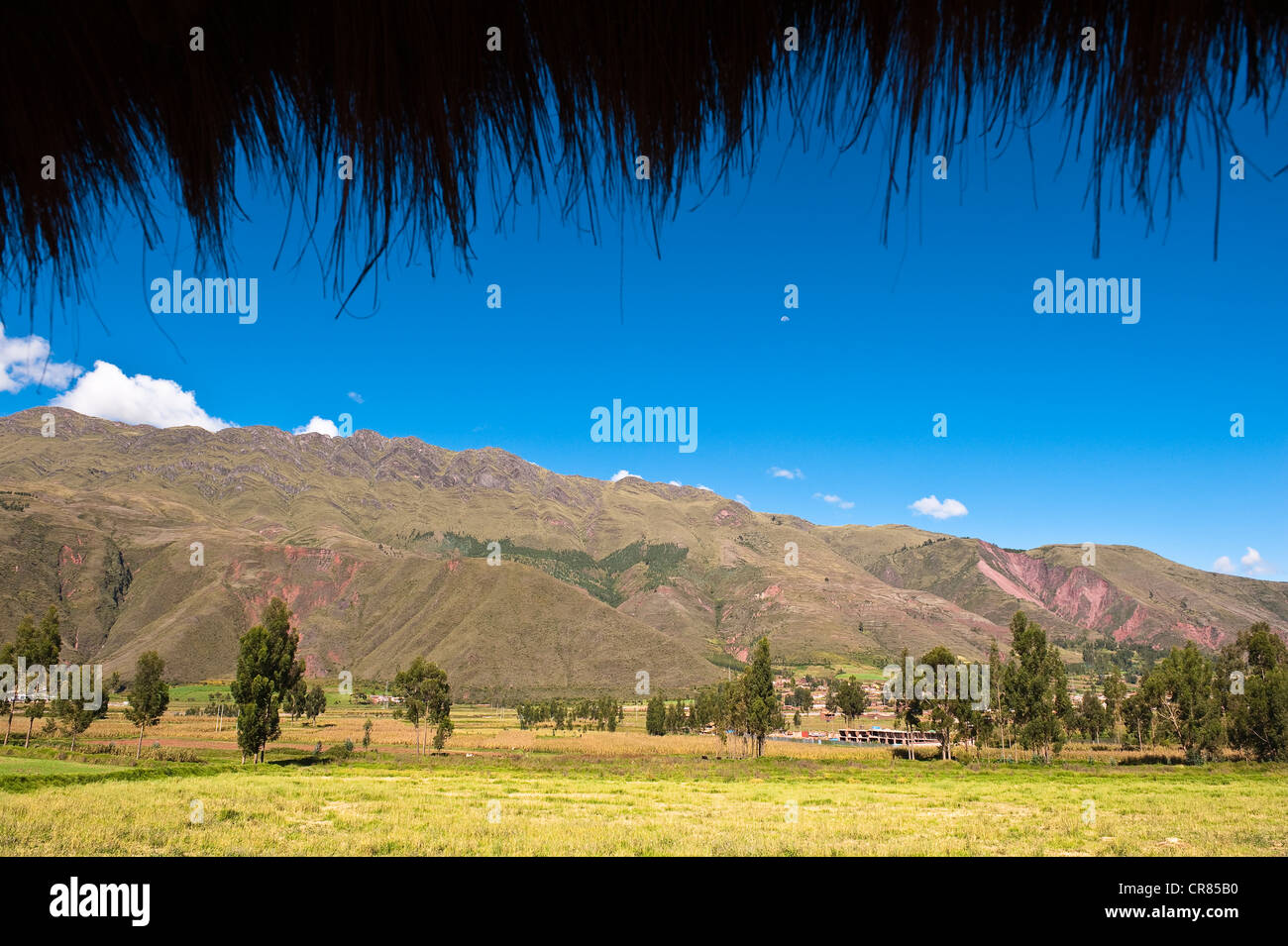 Peru, Cuzco Province, Huasao, listed as mystical touristic village, view of Cuzco south valley - Stock Image