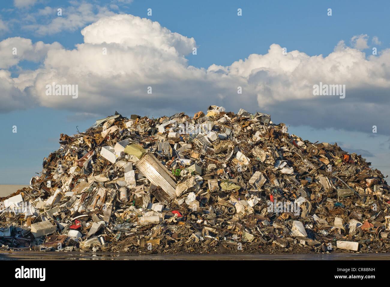 Scrap pile in scrap yard - Stock Image