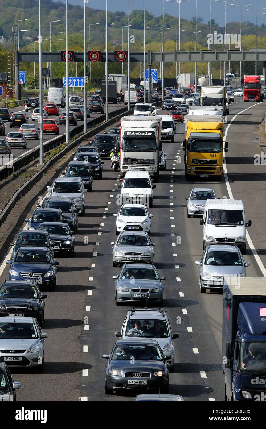 Motorway congestion on M25 Surrey - Stock Image
