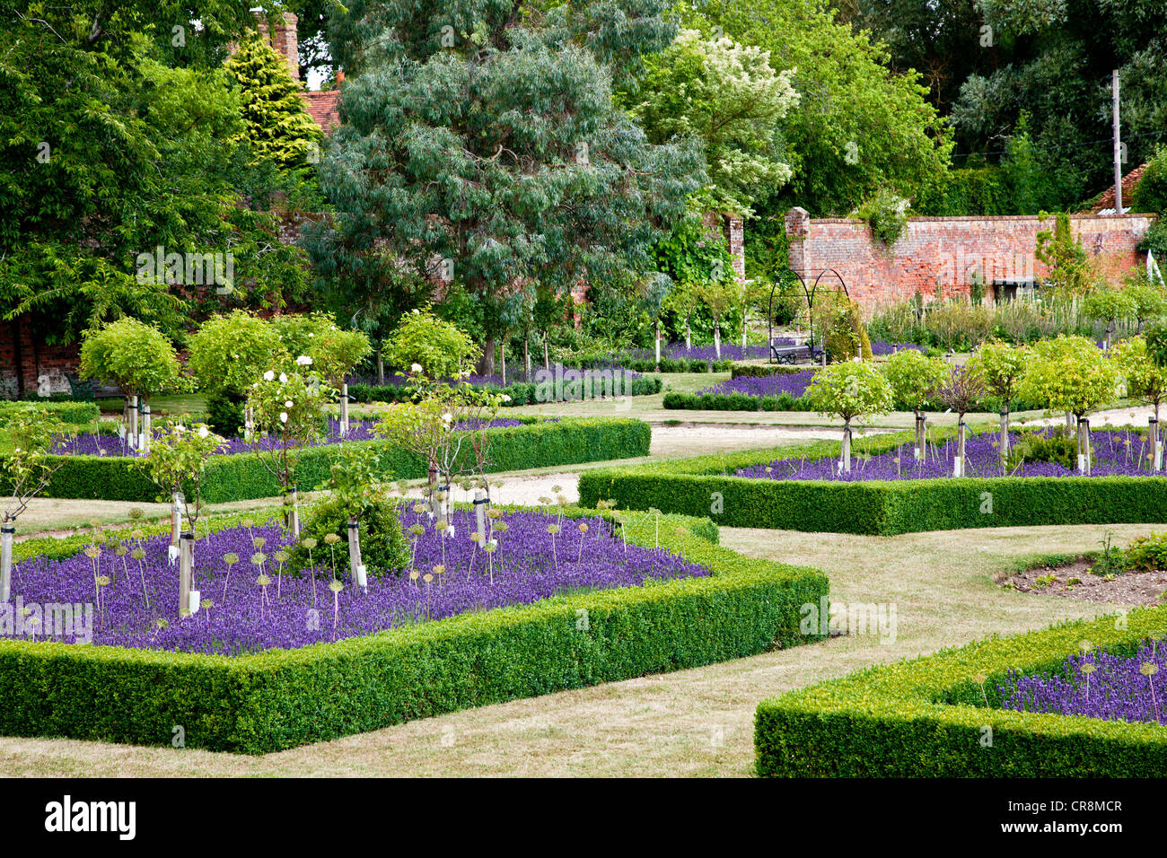 Formal Garden Design Uk
