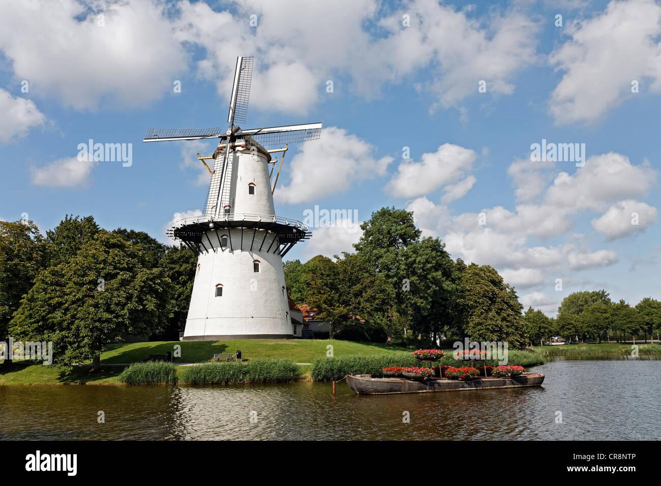 Historic Dutch windmill De Hoop, Middelburg, Walcheren, Zeeland, Netherlands, Europe Stock Photo