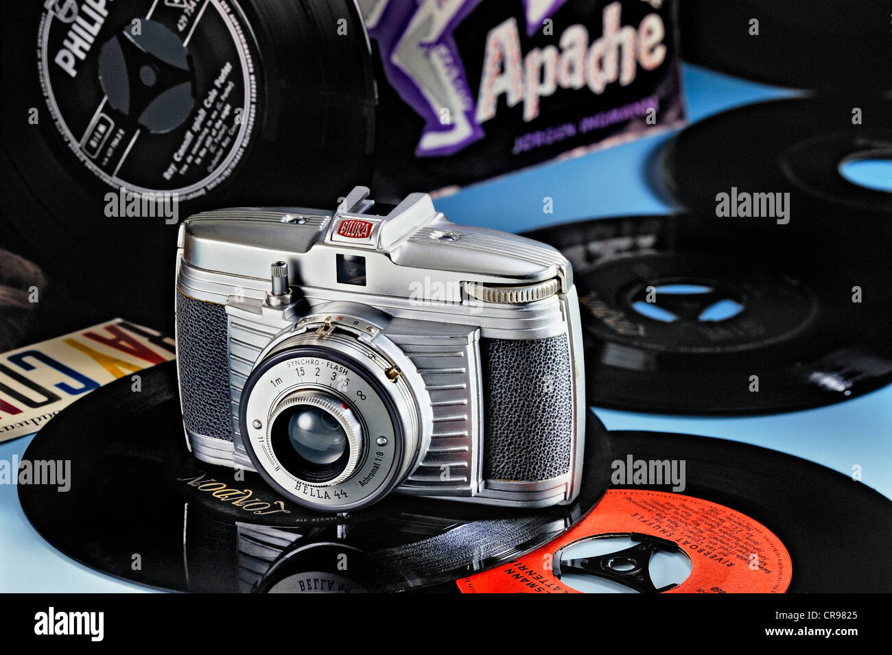 Bilora Bella 44, camera from the 60s with single records - Stock Image