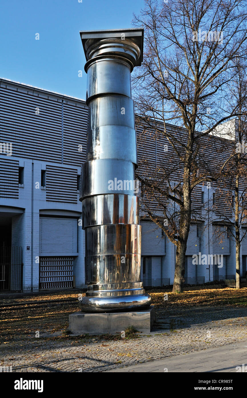 Stainless steel column in front the entrance of the Stadtarchiv municipal archive, approximately 8.50 meters high, - Stock Image