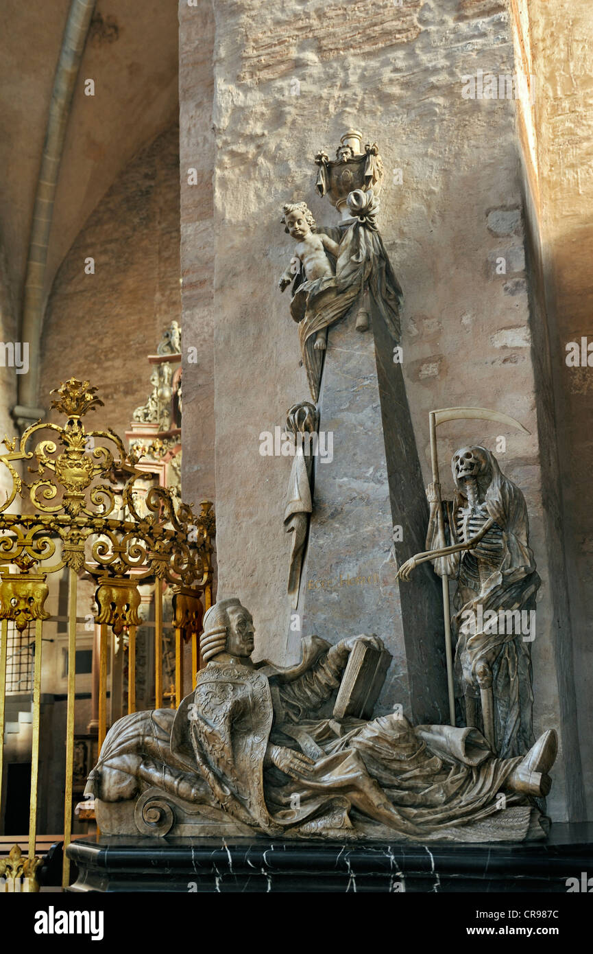 Cenotaph, empty grave, monument with figure of the Grim Reaper, Trier Cathedral, Trier, Rhineland-Palatinate, Germany, - Stock Image