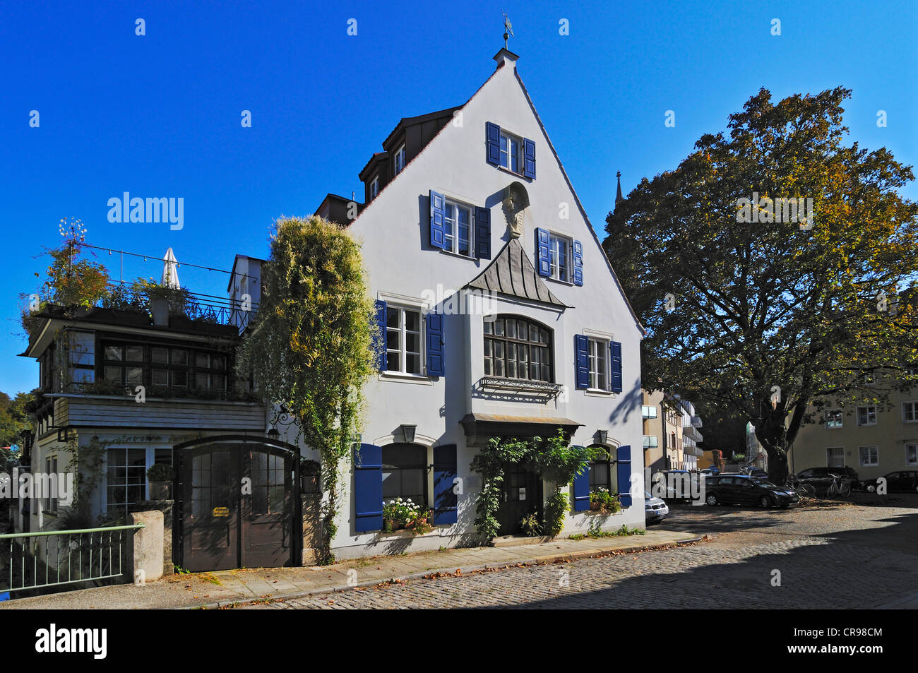 Old house in Klein-Venedig, Little-Venice, on the Auer Muehlbach stream, Munich, Bavaria, Germany, Europe - Stock Image