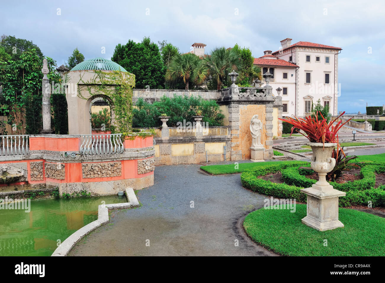 Miami Vizcaya museum garden view Stock Photo 48763370 Alamy