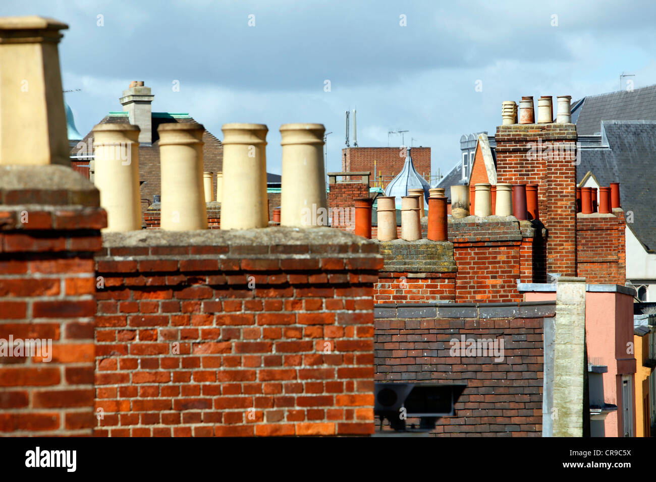 Typical chimneys on roofs of houses in Oxford, Oxfordshire, UK, Europe Stock Photo