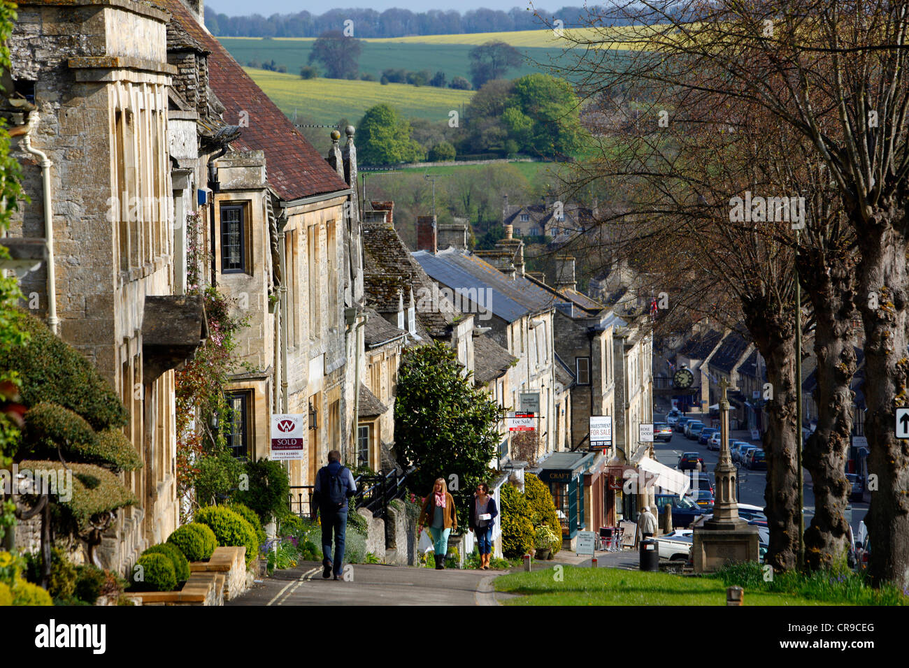 Burford, a small town on the River Windrush in the Cotswold Hills, minted by ancient stone houses. Burford, Oxfordshire, - Stock Image