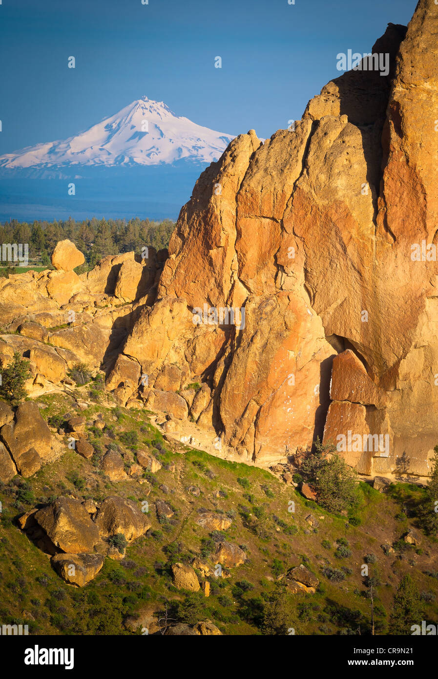 Mount Hood as seen from Smith Rock State Park in Oregon - Stock Image