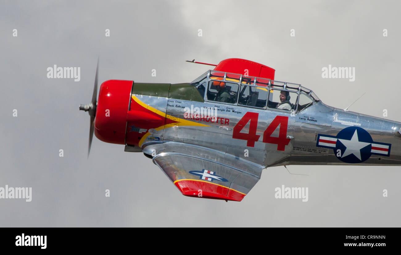 T-6 Texan racing at the 2011 National Championship Air Races in Reno Nevada - Stock Image