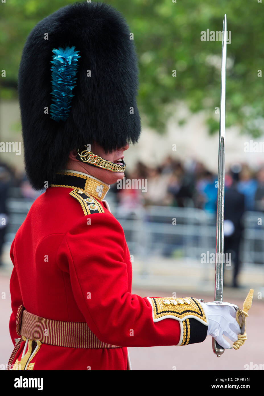 Guardsmen in the Mall for Trooping The Colour to celebrate The Queen's Birthday. The Mall, London, UK. - Stock Image