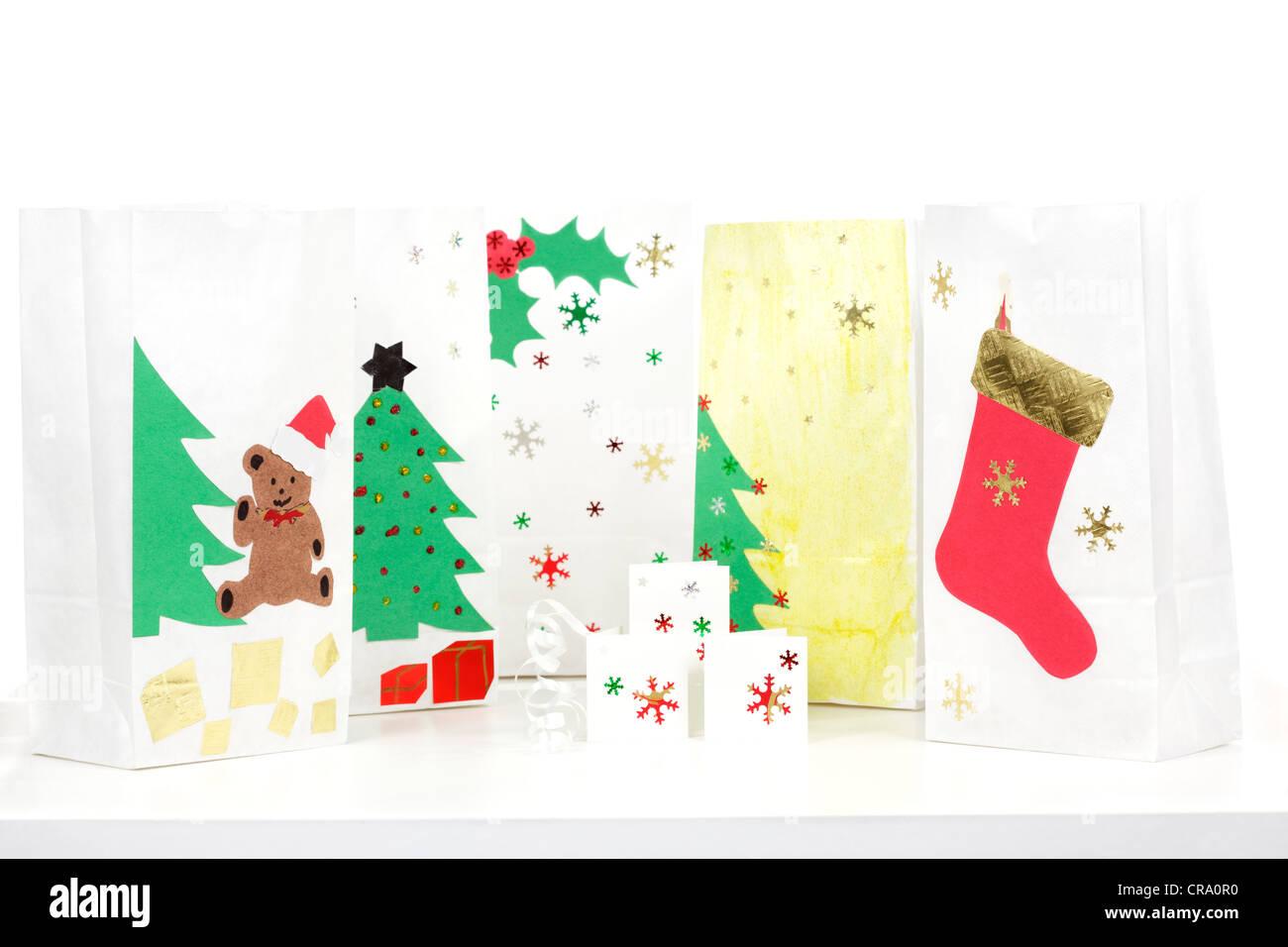 Homemade Christmas gift bags Stock Photo: 48777988 - Alamy