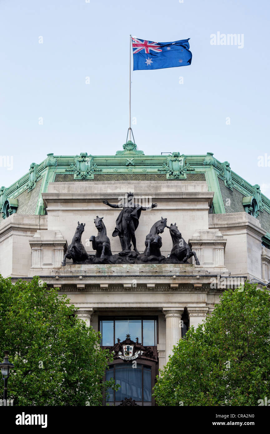 Phoebus Driving the Horses of the Sun sculpture on Australia House. The Strand, London, England - Stock Image