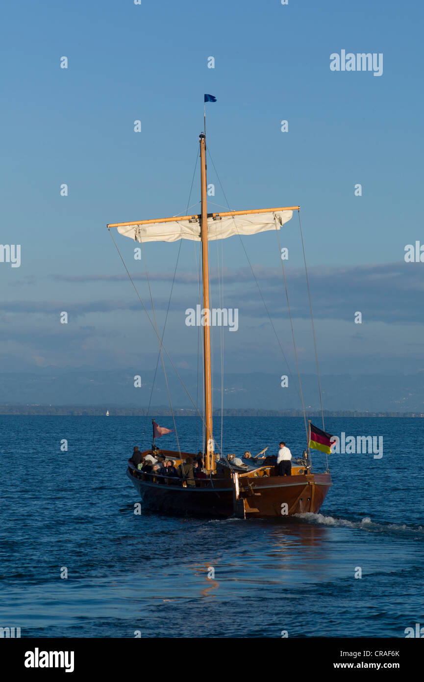 Leadin or Ledine, historic glider, 14th to 20th Century, replica, in the evening light, inland waters, Lake Constance, - Stock Image