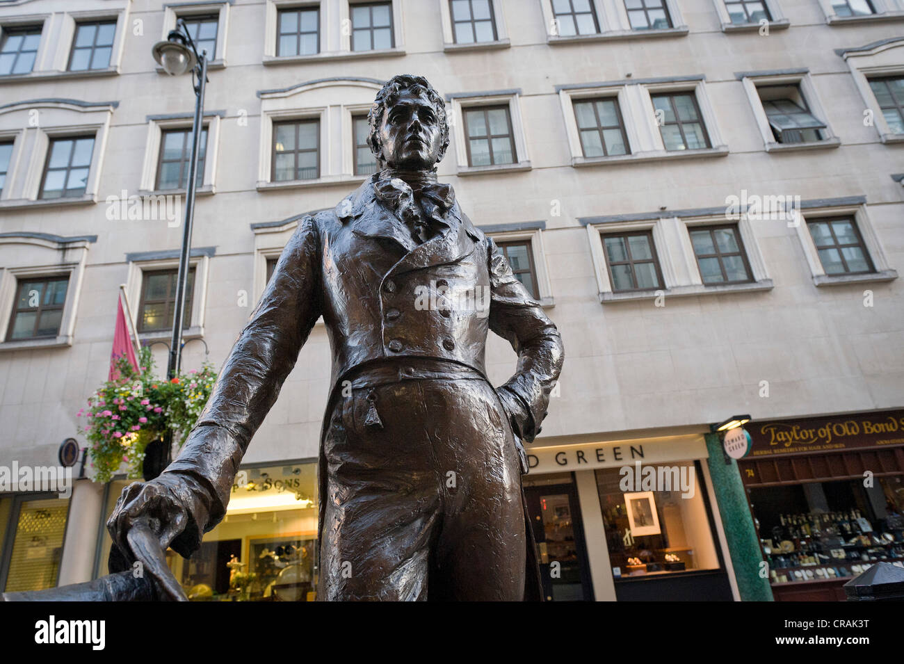 Statue of Dandy Beau Brummell, London, England, United Kingdom, Europe - Stock Image
