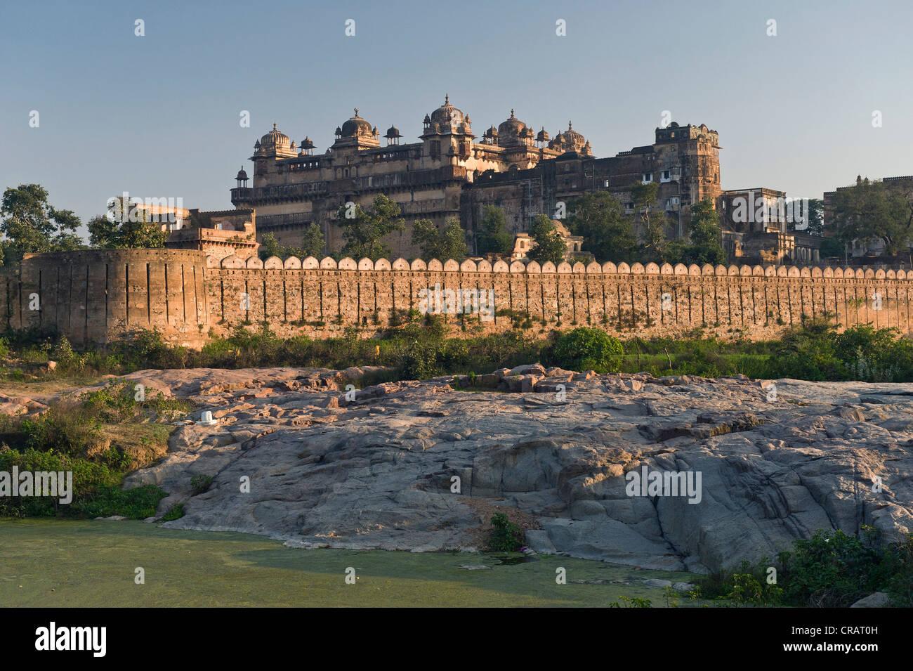 Raj Mahal Palast, Orchha, Madhya Pradesh, Nordindien, Indien, Asien - Stock Image
