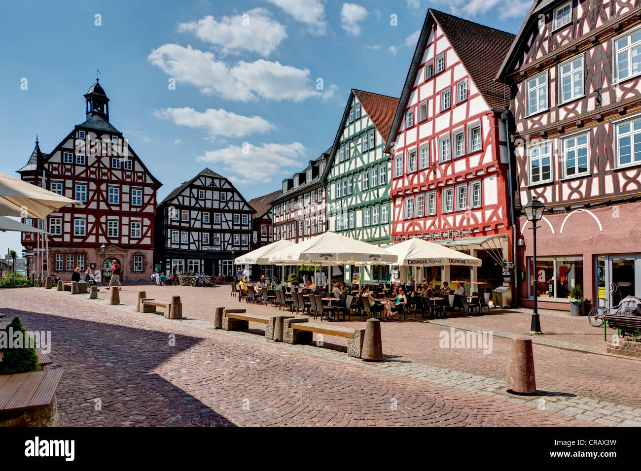 Historic centre of Gruenberg, with old post office, the town hall ...