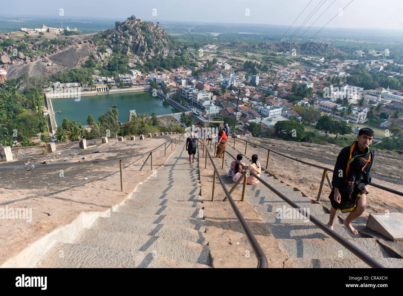 pilgrims on the way up the indragiri hill sravanabelagola hassan