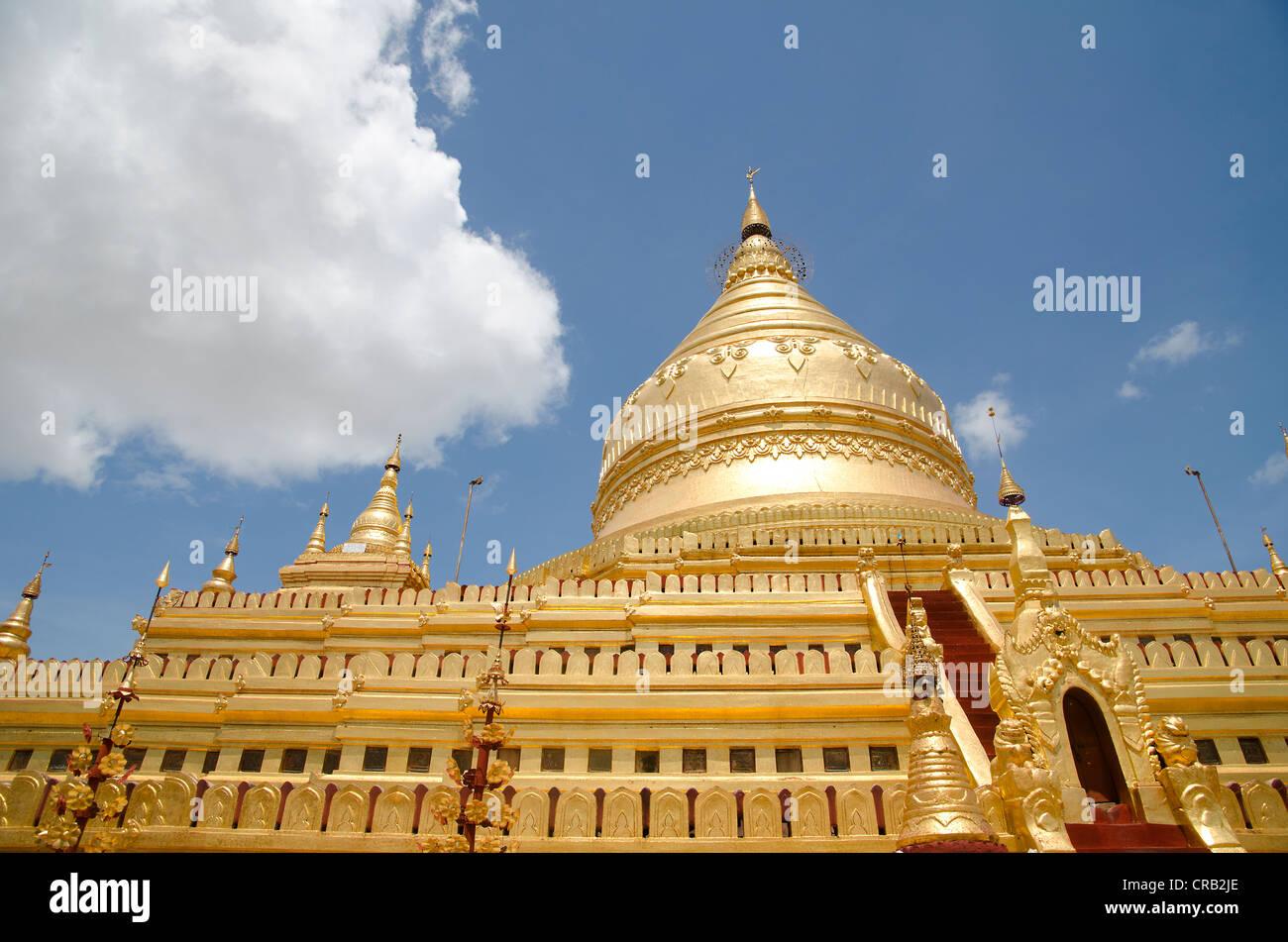 Golden Shwezigon Paya Pagoda, Bagan, Myanmar, Burma, Southeast Asia, Asia Stock Photo