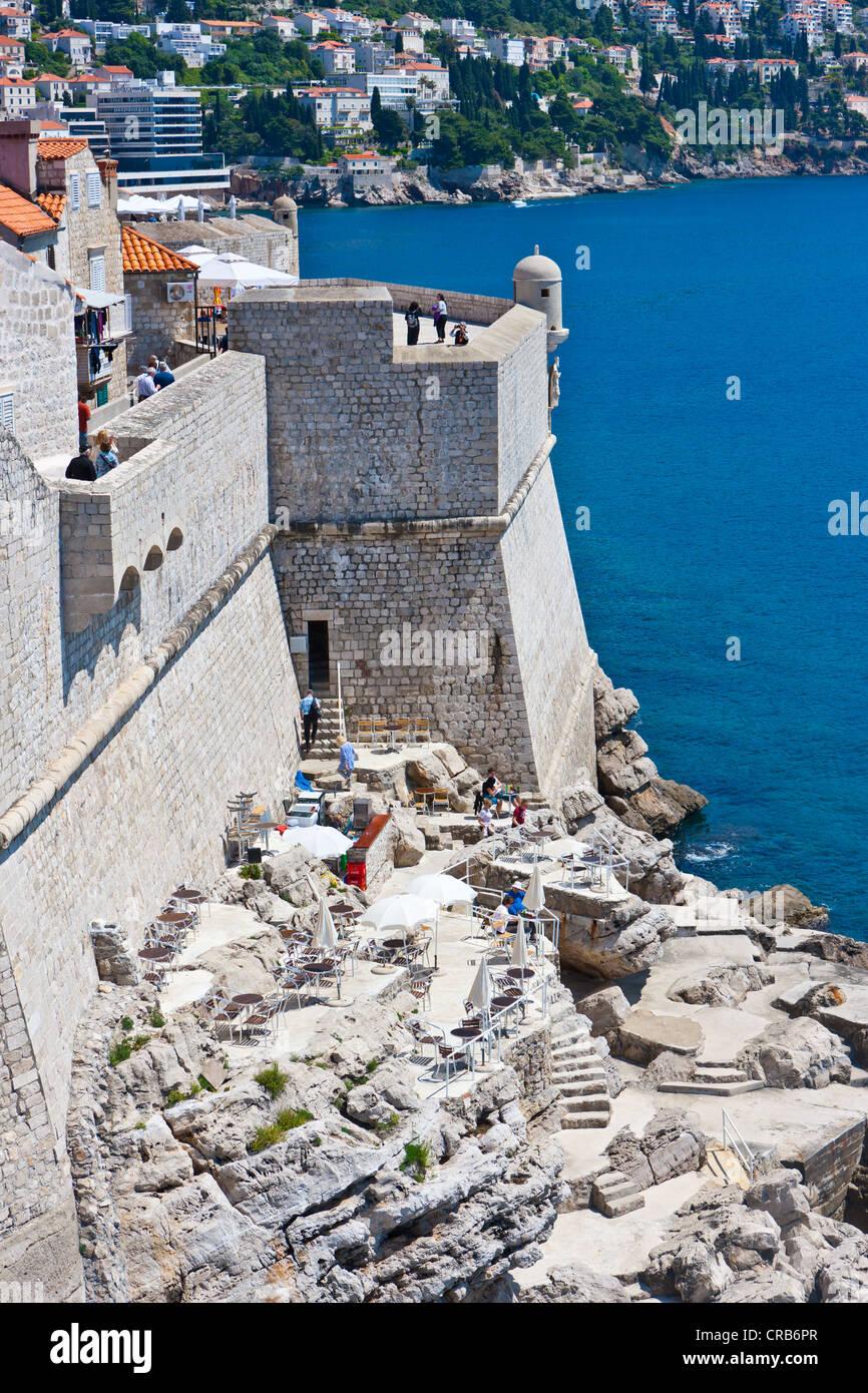 City walls of Dubrovnic, UNESCO World Heritage Site, central Dalmatia, Dalmatia, Adriatic coast, Croatia, Europe, Stock Photo