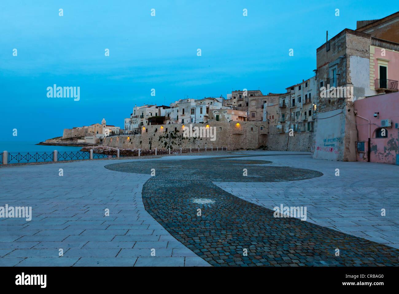 Giardino Pubblico Marina Piccola, public garden, at dusk, Vieste, Apulia, Puglia, Gargano, Adria, Italy, Europe - Stock Image