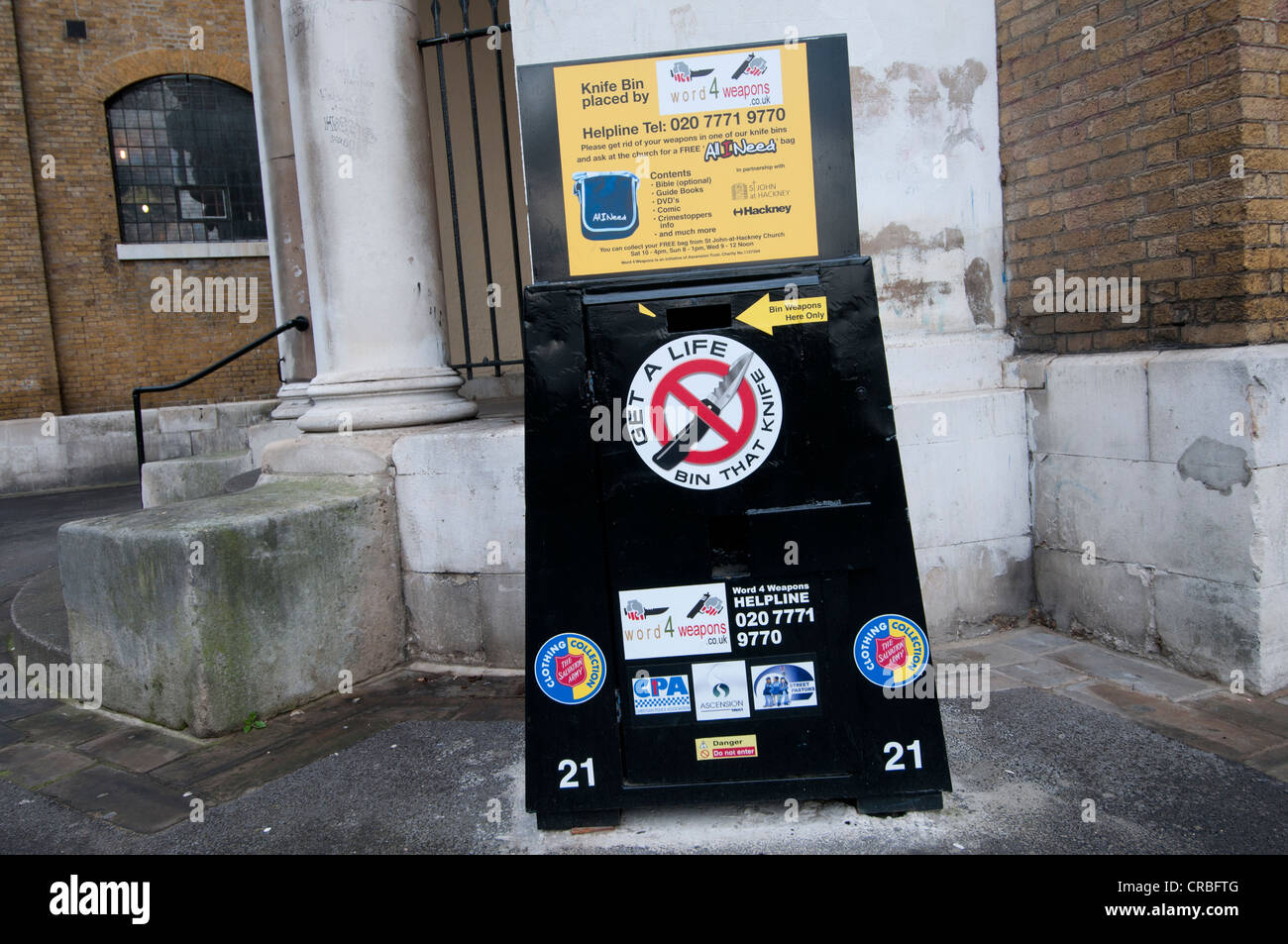 Hackney. Bin for knives where they can be deposited anonymously - Stock Image