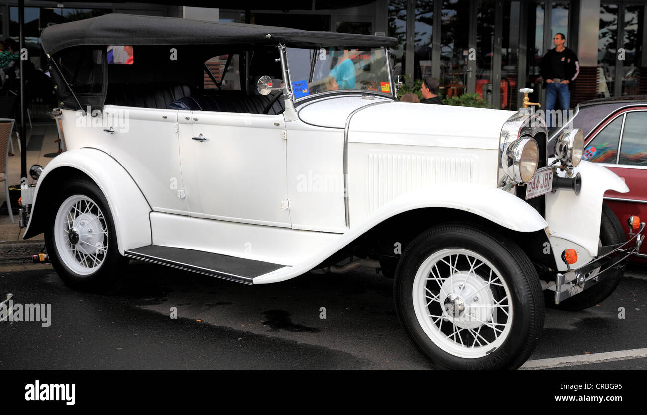 1929 Whippet hard top sedan restored to original condition and on display at Cooly rocks on festival - Stock Image