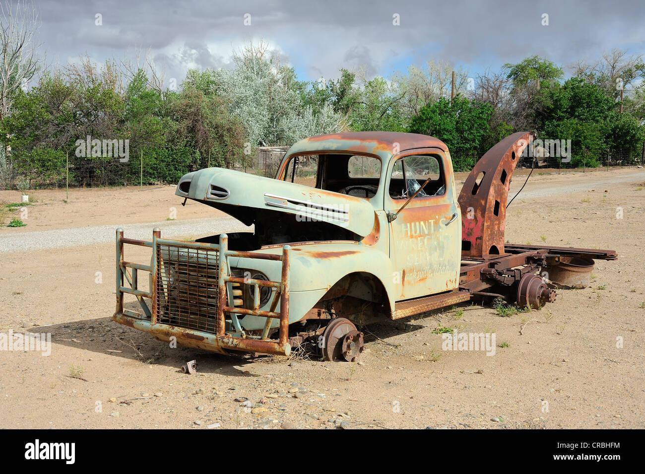 Wreck of a towing car in Hanksville, Utah, USA - Stock Image