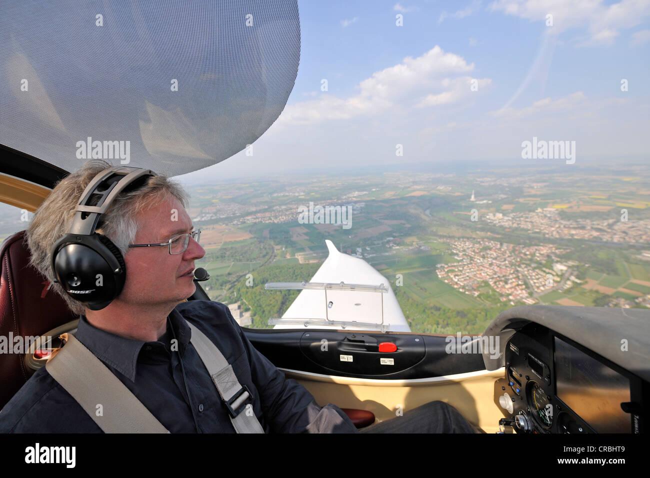 Pilot, glass cockpit light aircraft, D-ESOA Aquila A210 AT01 - Stock Image