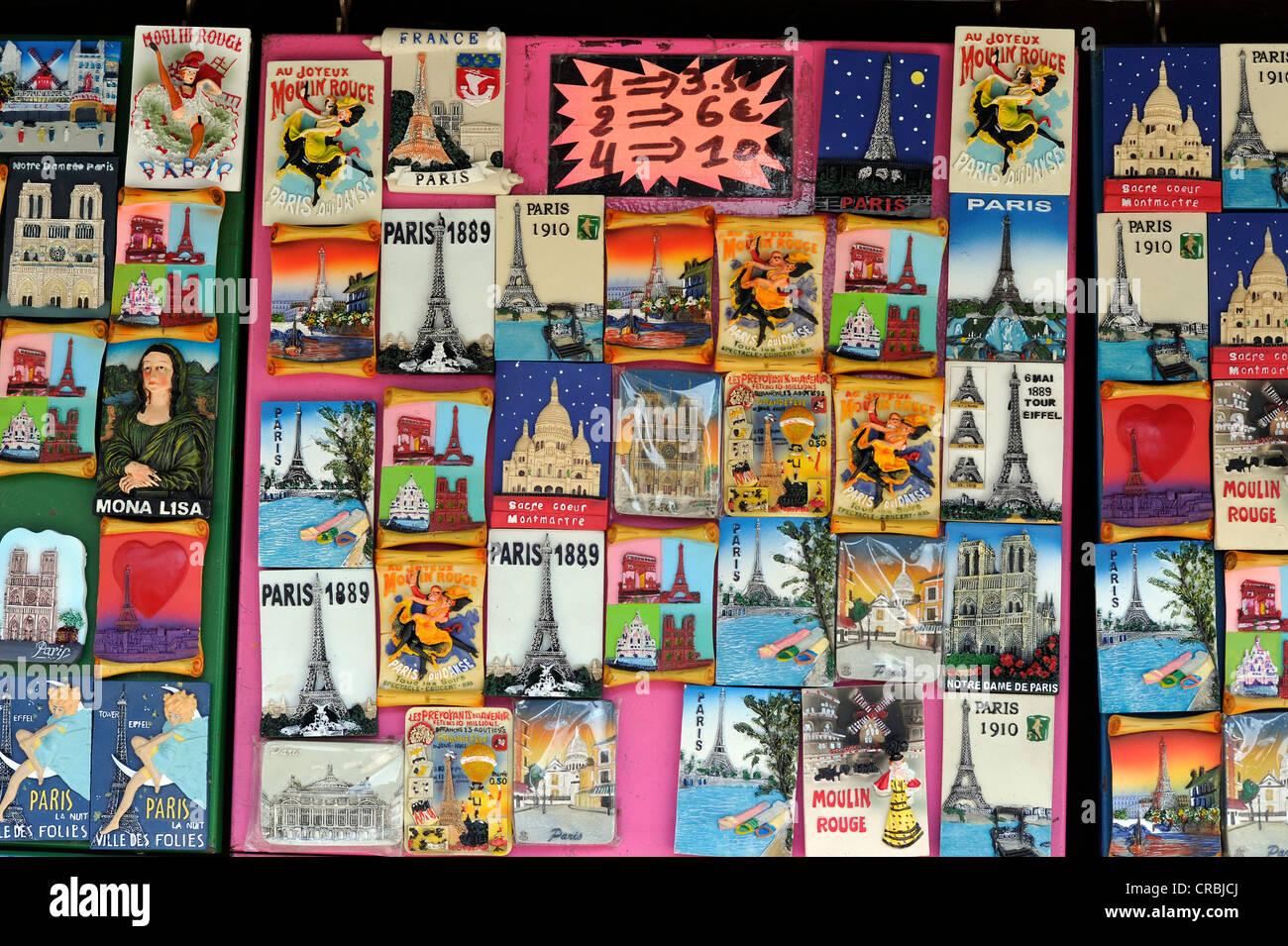 Bookseller and souvenir stand at the bank of the Seine, Ile de la Cité, Paris, France, Europe - Stock Image
