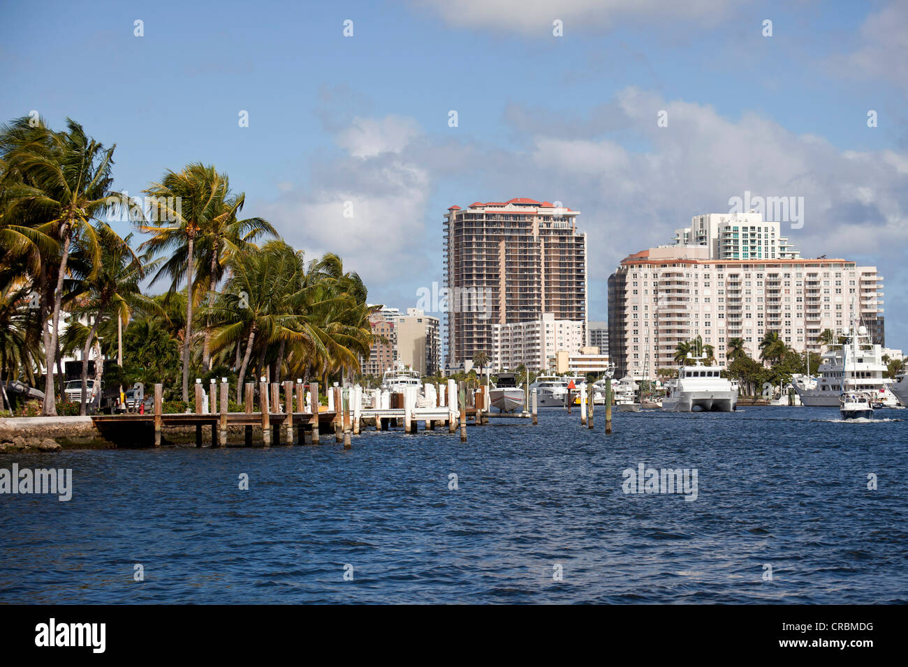Skyscrapers, yachts and canals in the town centre of Fort Lauderdale, Broward County, Florida, USA - Stock Image