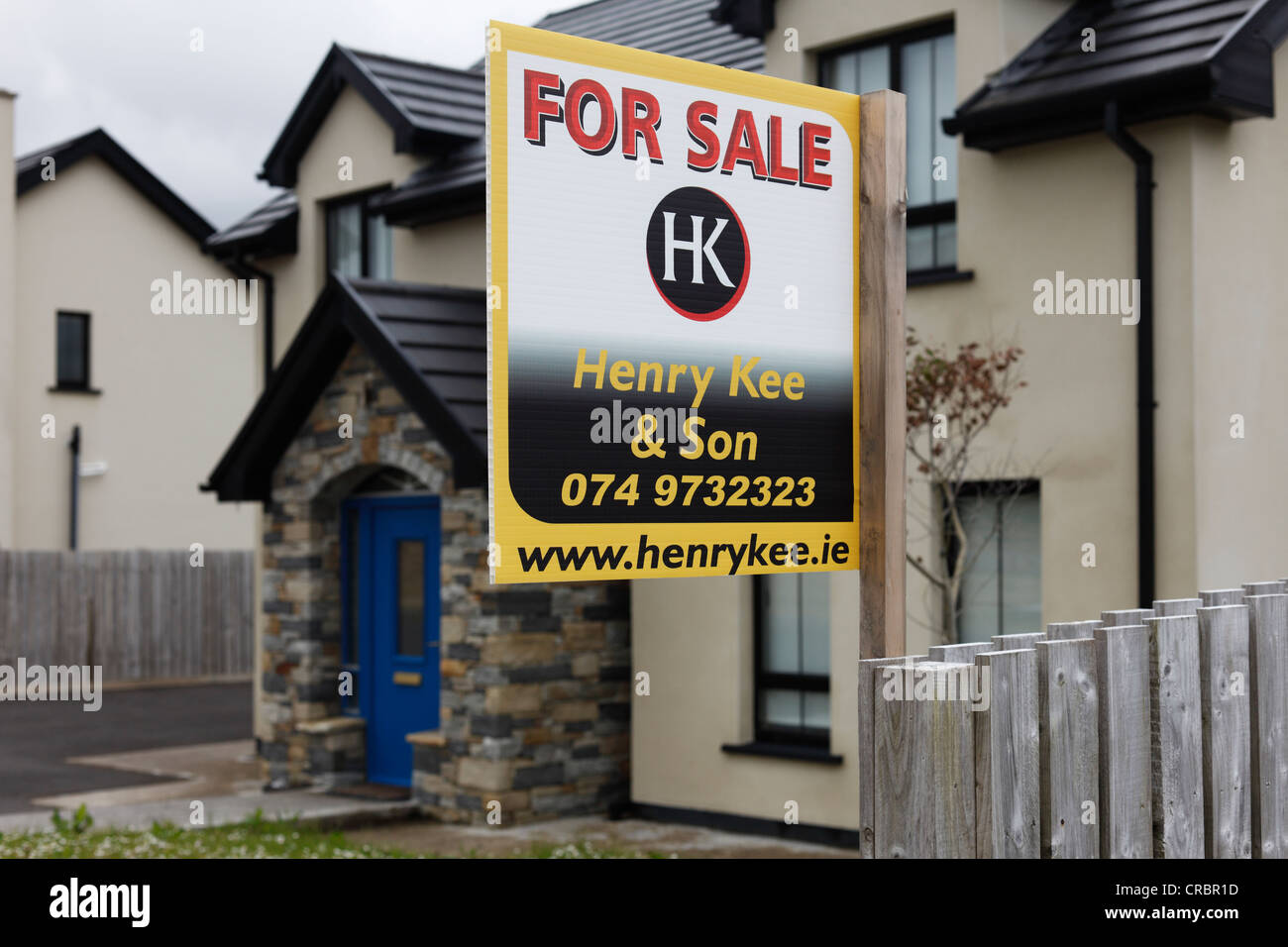 For Sale sign, house sale, Glencolumbcille, also Glencolumbkille, County Donegal, Ireland, Europe, PublicGround - Stock Image