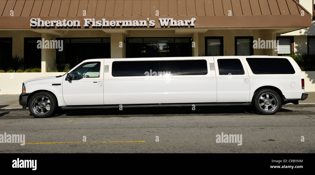 Stretch limousine in front of Sheraton Fisherman's Wharf Hotel, San Francisco, California, United States of - Stock Image
