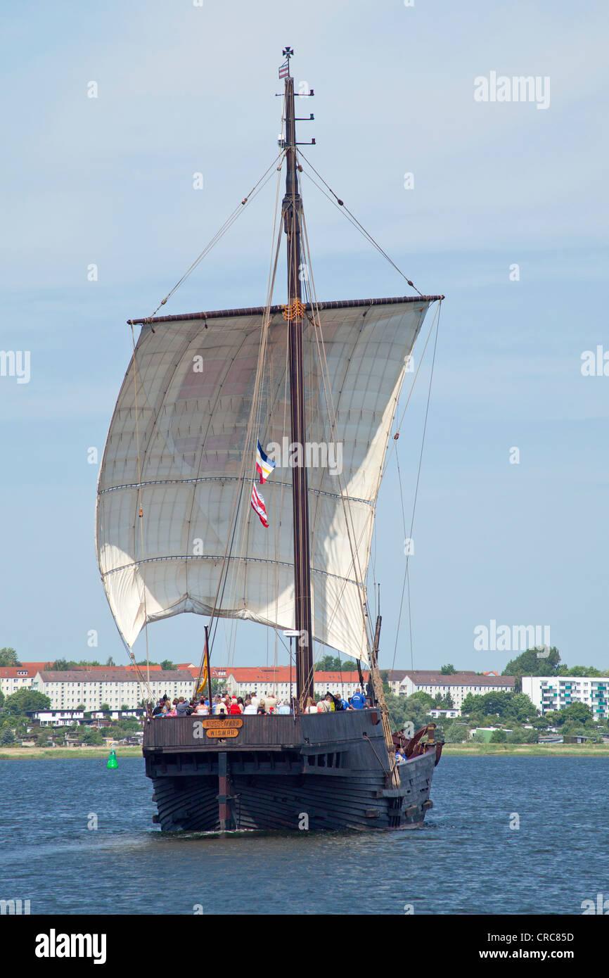 Wissemara, replica of a Medieval cog, Wismar, Mecklenburg-West Pomerania - Stock Image
