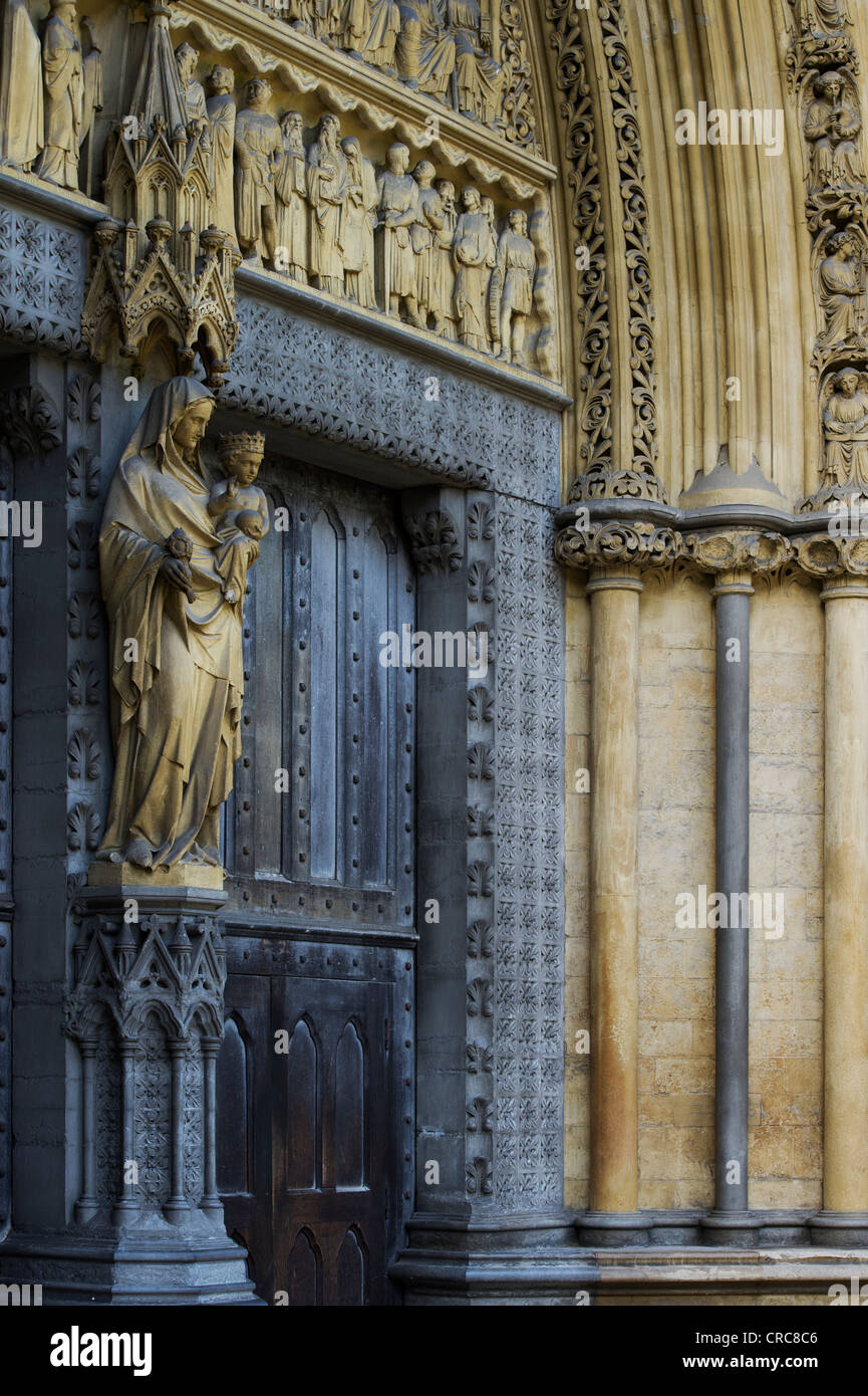 North entrance sculptures. Westminster Abbey. London. England - Stock Image