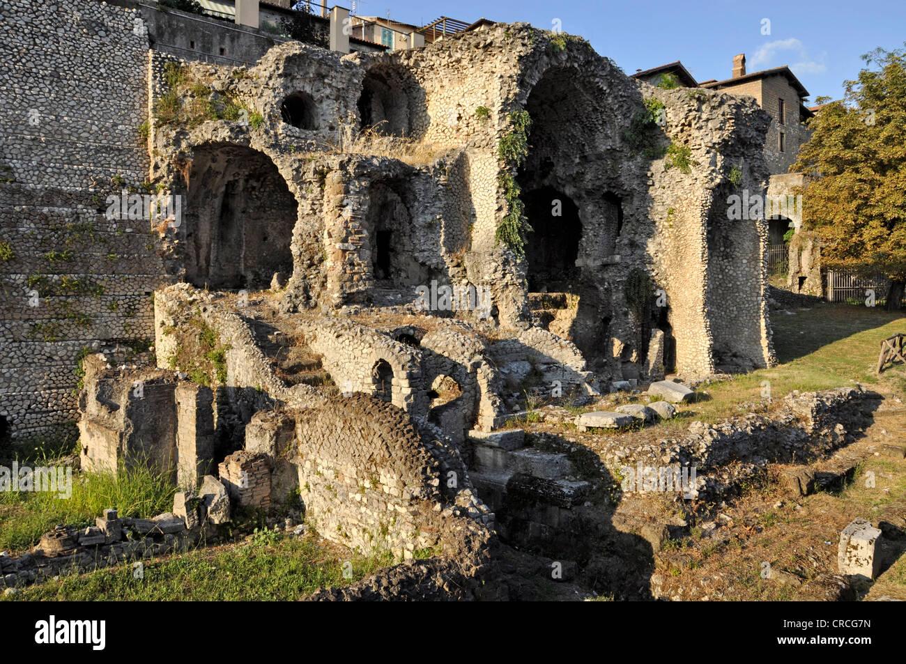 Remains of the ancient temple-shrine of the goddess Fortuna, Tempio della Fortuna Primigenia, Area Sacra, Palestrina, - Stock Image