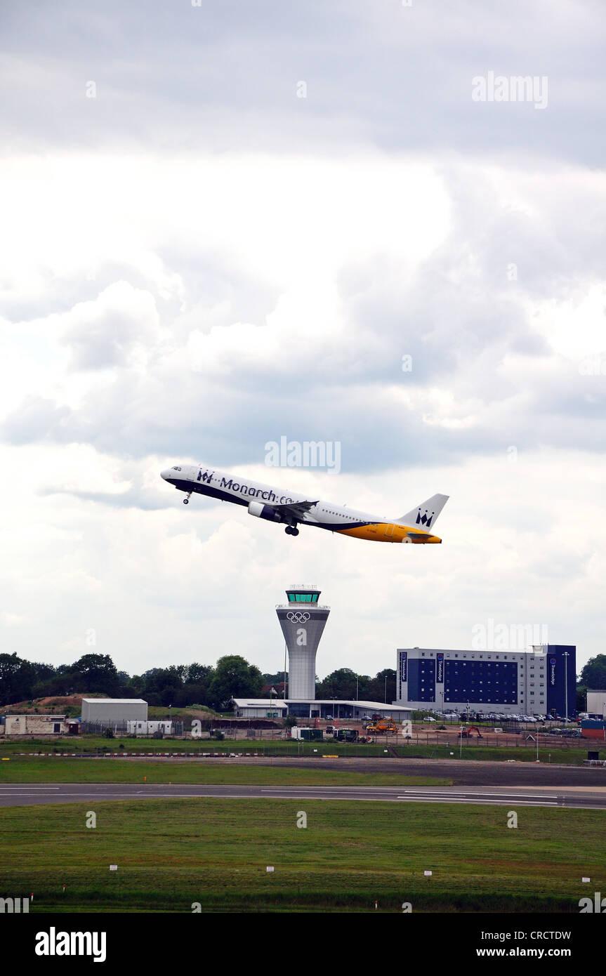 Birmingham Airport Control Tower Stock Photos & Birmingham Airport