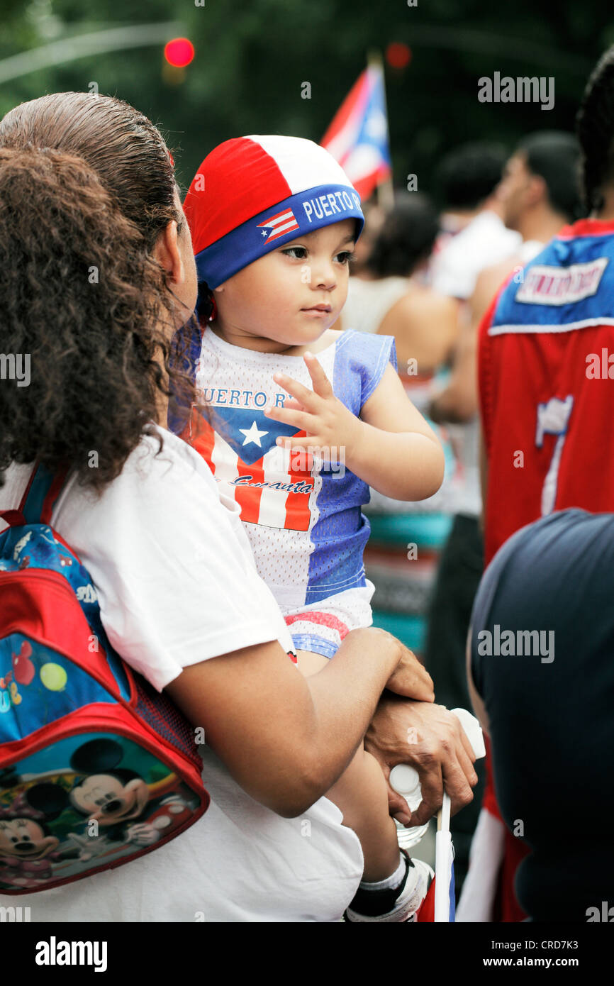 TSpectators of he annual Puerto Rican Day Parade in NYC - Stock Image