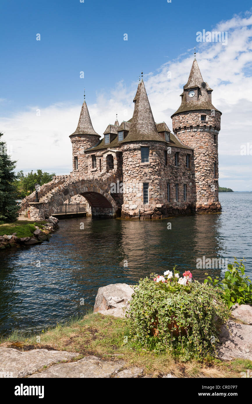 The Power House at Boldt Castle. A fanciful collection of towers and a bridge hide the island's power plant. - Stock Image